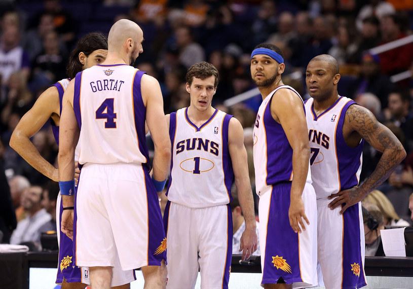 Marcin Gortat i jego koledzy z Phoenix Suns /AFP