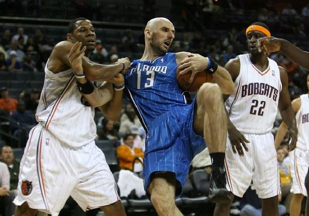 Marcin Gortat jest jedynym Polakiem w lidze NBA /AFP