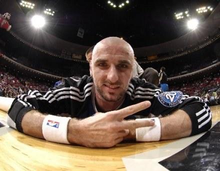 Marcin Gortat znakomicie czuje się w NBA /Getty Images/Flash Press Media