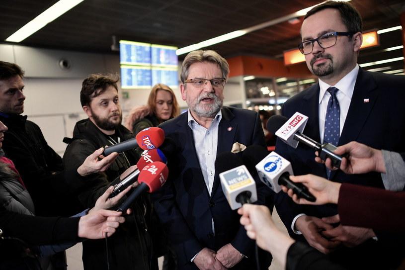 Marcin Horała i Jarosław Pinkas na konferencji ws. koronawirusa / Marcin Obara  /PAP