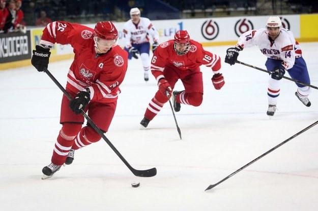 Marcin Kolusz, kapitan hokejowej reprezentacji Polski podczas meczu z Chorwacją na MŚ w Wilnie /Informacja prasowa