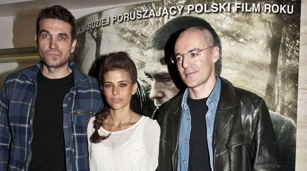 Marcin Krzyształowicz (P) ze swoimi aktorami: Marcinem Dorocińskim i Weroniką Rosati - fot. J.Drążek /East News