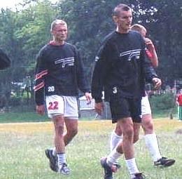 Marcin Kuś (pierwszy z lewej) może spokojnie szukać nowego klubu /poloniawarszawa.com