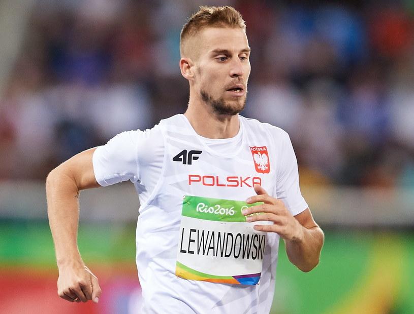 Marcin Lewandowski podczas biegu finałowego na 800 metrów w Rio de Janeiro /Adam Warżawa /PAP