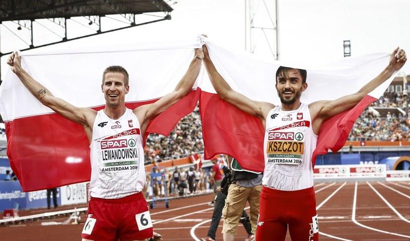 Marcin Lewandowski (z lewej) i Adam Kszczot /AFP