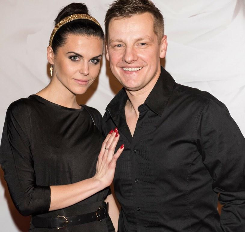 Marcin Mroczek z żoną /Piotr Fotek /Reporter