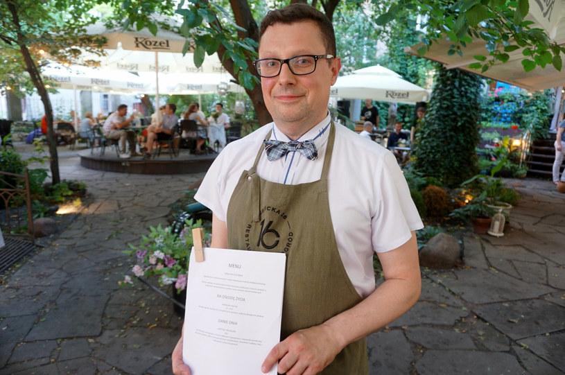 Marcin Nowak podczas akcji Ratujemy i Wspieramy Gastro w Lublinie /MALGORZATA GENCA / POLSKA PRESS /East News