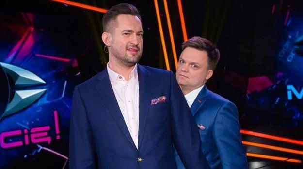 """Marcin Prokop i Szymon Hołownia jako prowadzący """"Mamy Cię!"""" /TVN"""