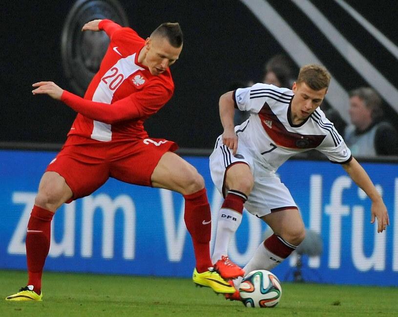 Marcin Robak i Max Meyer podczas towarzyskiego meczu Niemcy - Polska /Bartłomiej Zborowski /PAP
