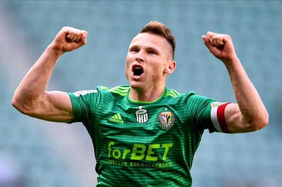 Marcin Robak (tu jako zawodnik Śląska Wrocław) zdecydował się na podpisanie kontraktu z Widzewem Łódź / Maciej Kulczyński    /PAP