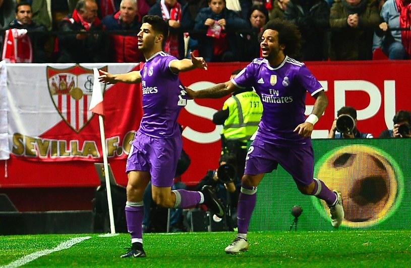 Marco Asensio (z lewej) cieszący się ze zdobycia gola /AFP