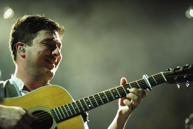 Marcus Mumford wraz z Synami podbili Amerykę fot Michael Loccisano /Getty Images/Flash Press Media