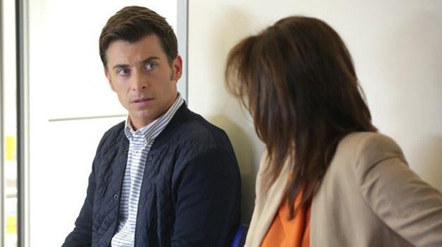 Marek będzie w szoku, kiedy usłyszy, że jego matka wzięła pieniądze od niedoszłej teściowej Natalki /www.mjakmilosc.tvp.pl/