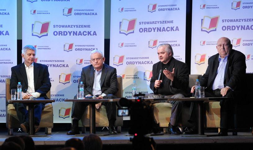 Marek Belka, Leszek Miller, Włodzimierz Cimoszewicz i Józef Oleksy /PAP