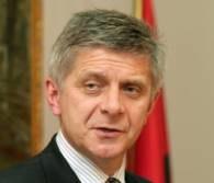 Marek Belka przejął stanowisko po Millerze /AFP