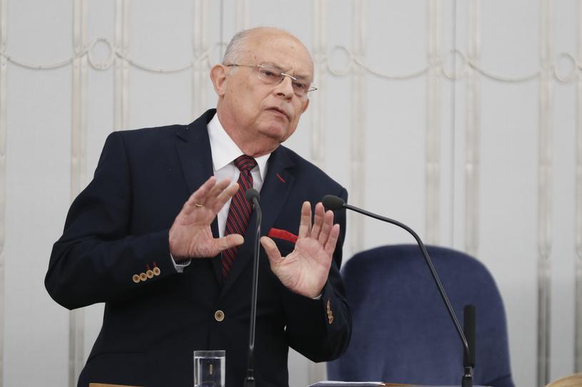 Marek Borowski w trakcie obrad Senatu /Andrzej Iwańczuk /Reporter