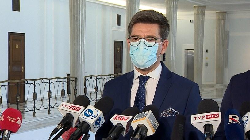 Marek Kacprzak na konferencji w Sejmie /Polsat News /Polsat News