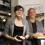 Marek Kondrat z 27-letnią żoną na premierze książki!