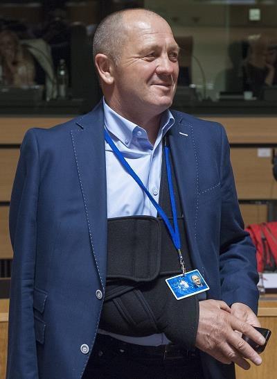 Marek Sawicki, szef resortu rolnictwa, dzisiaj w Luksemburgu /EPA