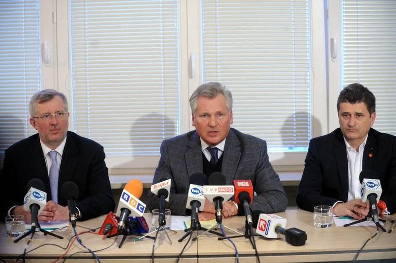 Marek Siwiec, Aleksander Kwaśniewski i Janusz Palikot /Witold Rozbicki /Reporter