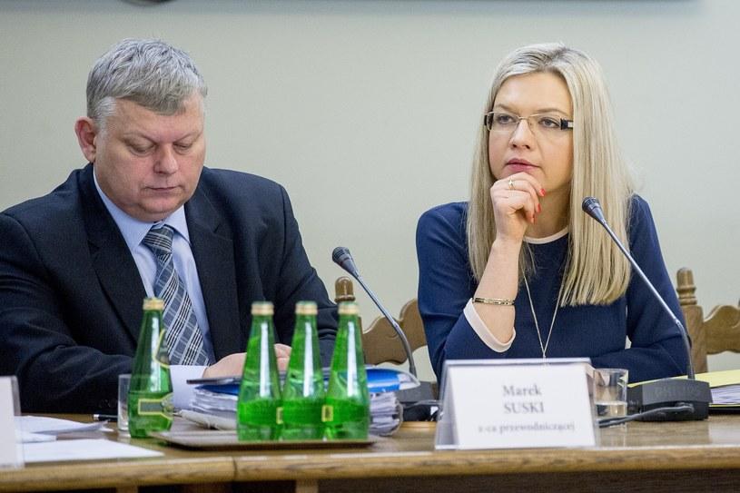 Marek Suski i Małgorzata Wassermann podczas posiedzenia komisji śledczej do spraw Amber Gold /Andrzej Iwańczuk /Reporter