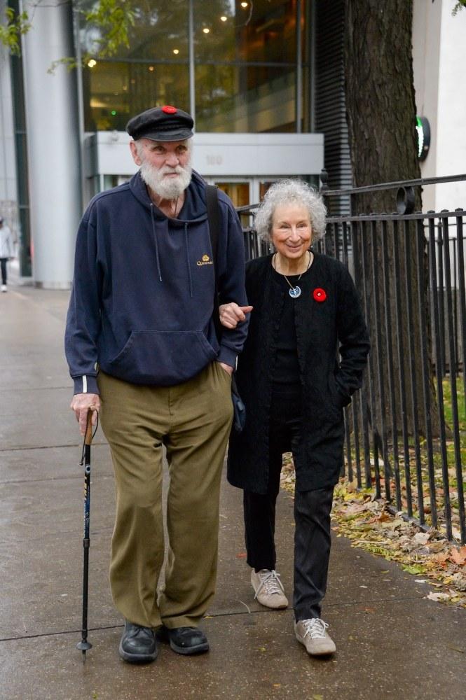"""Margaret Atwood. Słowo to siła"": Graeme Gibson i Margaret Atwood /HBO /materiały prasowe"