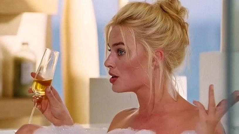 """Margot Robbie w epizodzie w filmie """"The Big Short"""" /YouTube"""