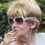 """Maria Czubaszek pali trzy paczki dziennie. """"Zdrowia do grobu nie wezmę"""""""