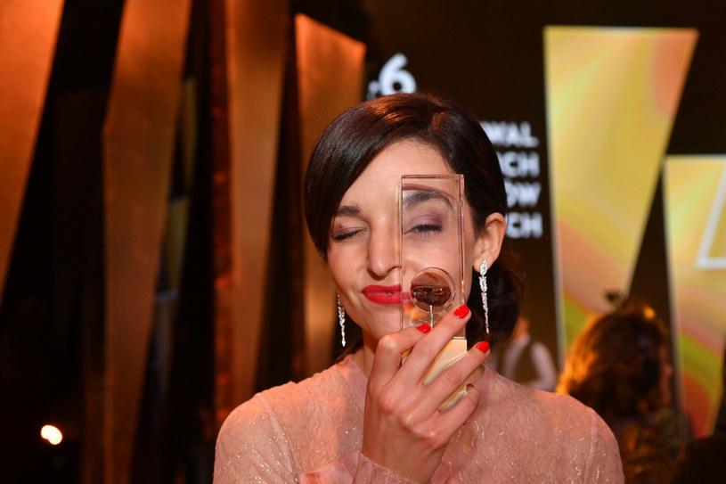 Maria Dębska z nagrodą dla najlepszej aktorki festiwalu w Gdyni /Wojciech Stróżyk /Reporter