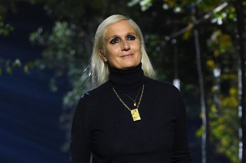 Maria Grazia Chiuri znana jest ze swoich feministycznych poglądów /CHRISTOPHE ARCHAMBAULT/AFP /East News