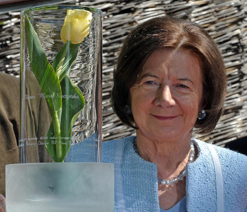 Maria Kaczyńska i tulipan nazwany jej imieniem /AFP