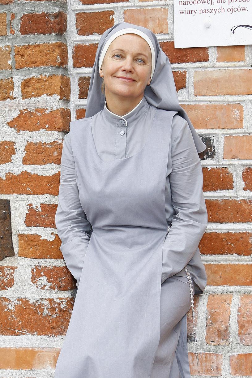 Maria Pakulnis jako siostra Prudencja /Wojtalewicz Jarosław /AKPA