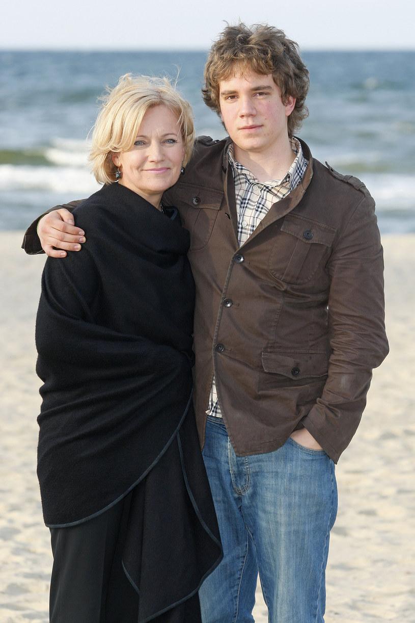 Maria Pakulnis z synem Janem /AKPA