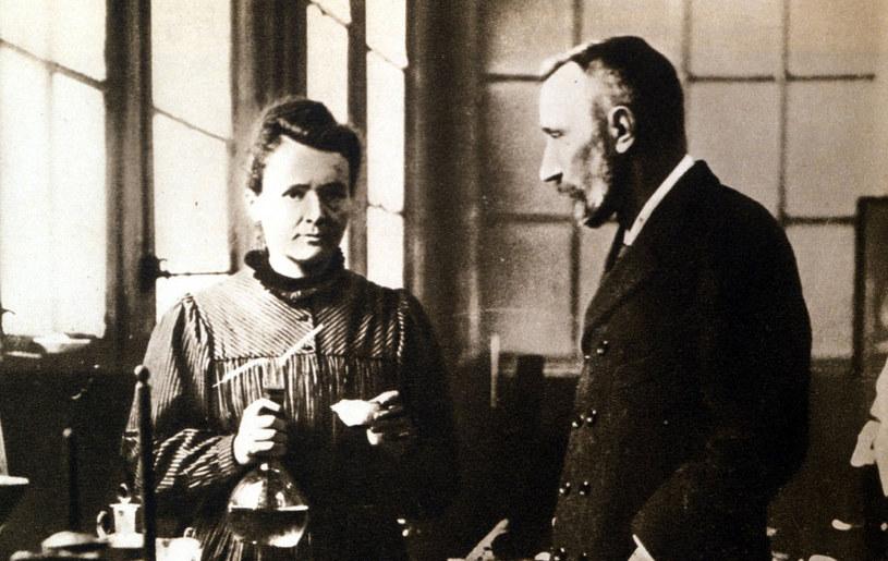 Maria Skłodowska-Curie i Piotr Curie /East News