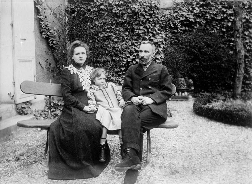 Maria Skłodowska-Curie z mężem Piotrem /Oxford Science Archive /East News
