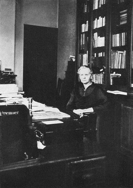Maria Skłodowska-Curie w Instytucie Radowym w Paryżu, 1925