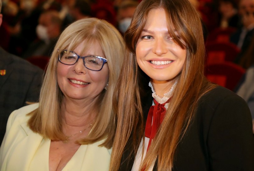 Maria Stachurska jest ogromnym wsparciem nie tylko dla córki, Ani Lewandowskie, ale także dla zięcia - Roberta Lewandowskiego /Piotr Molecki /East News