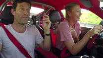 Maria Szarapowa na lekcji jazdy. Wideo