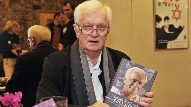 Marian Kociniak promujący swoją książkę / fot. Niemiec /AKPA
