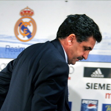 Mariano Garcia Remon był trenerem Realu przez niespełna cztery miesiące. Później jeszcze tylko raz próbował swoich sił jako szkoleniowiec, z równie marnym skutkiem /AFP