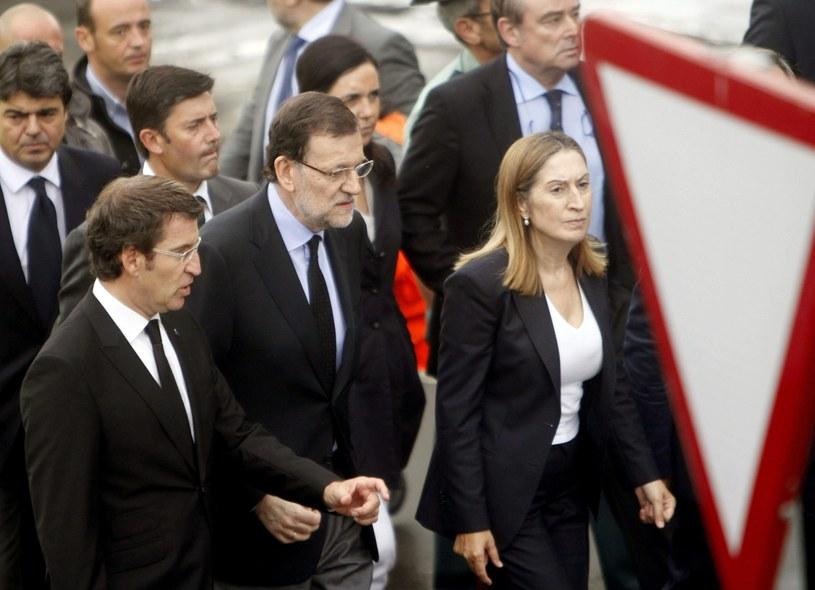 Mariano Rajoy w czwartek rano przybył do Santiago de Compostela /AFP
