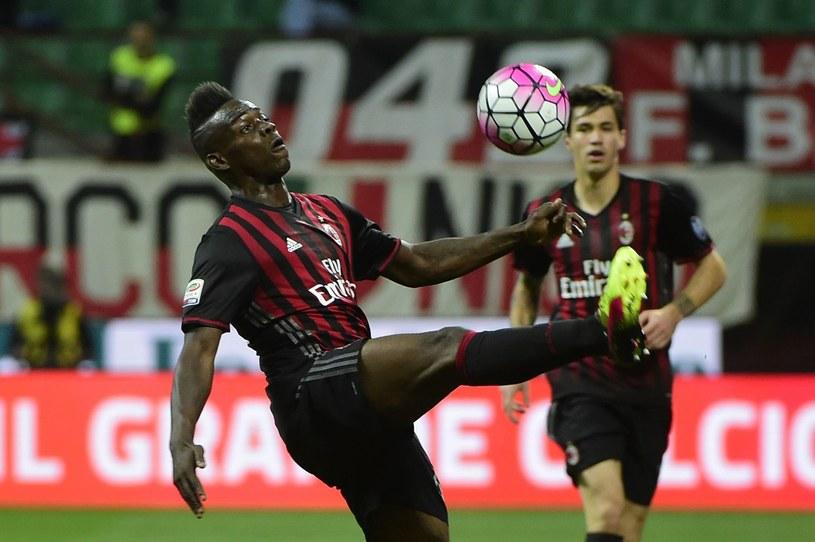 Mario Balotelli w barwach Milanu podczas spotkania w Serie A /AFP