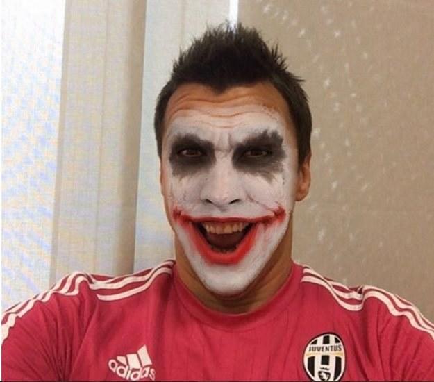 Mario Mandżukić jako Joker; źródło: Twitter /