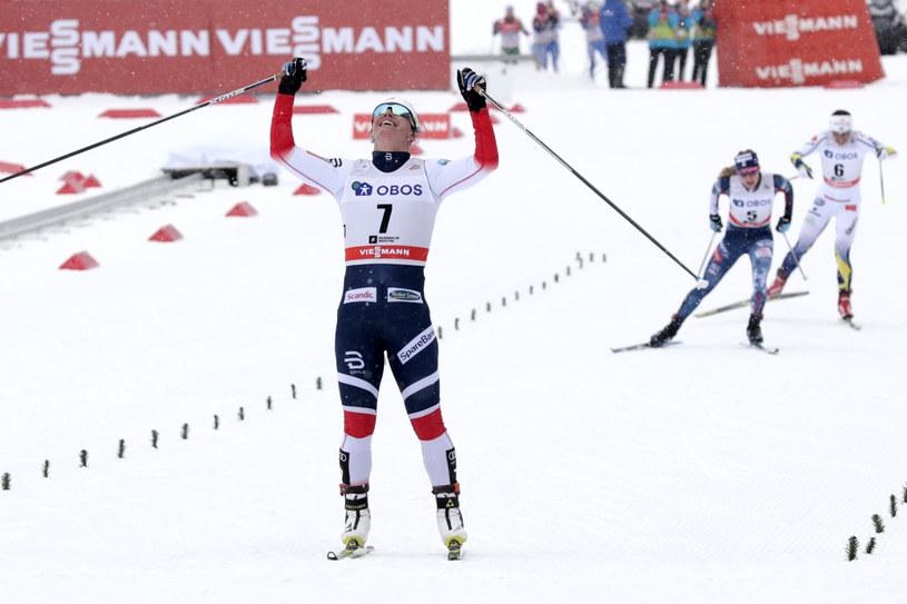 Marit Bjoergen na mecie w Oslo /AFP