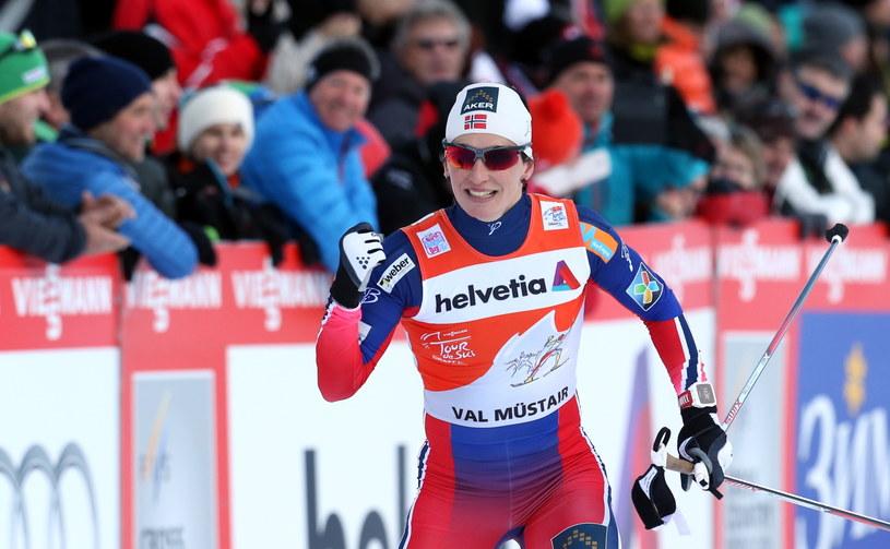 Marit Bjoergen pewnie zmierza po zwycięstwo w Tour de Ski /fot. Grzegorz Momot /PAP