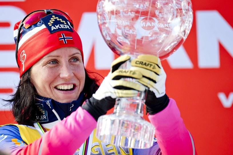 Marit Bjoergen wywalczyła Puchar Świata w poprzednim sezonie /AFP