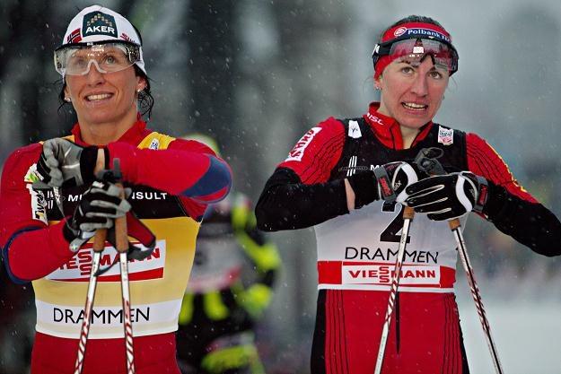 Marit Bjoergen (z lewej) i Justyna Kowalczyk /AFP