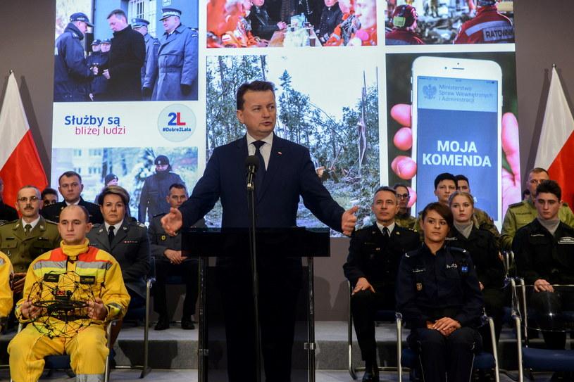 Mariusz Błaszczak na konferencji prasowej /Jakub Kamiński   /PAP