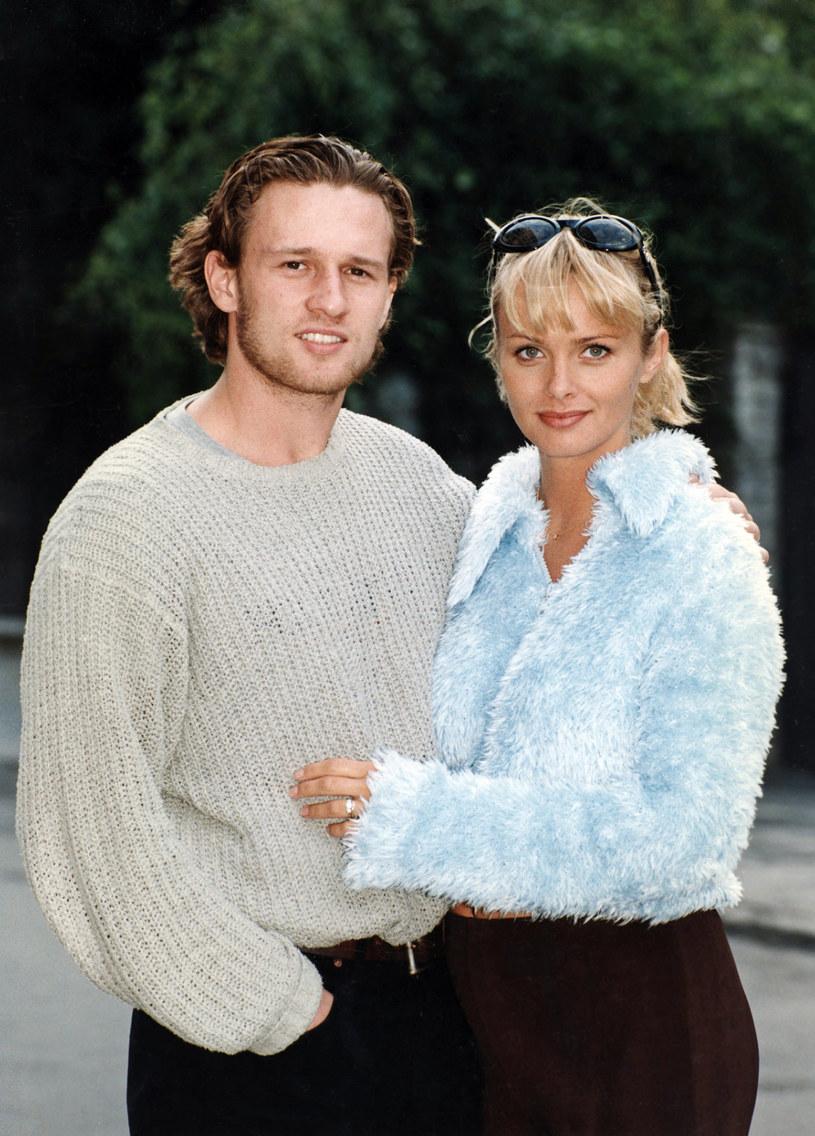 Mariusz Czerkawski i Izabella Scorupco, 1998 rok /AKPA
