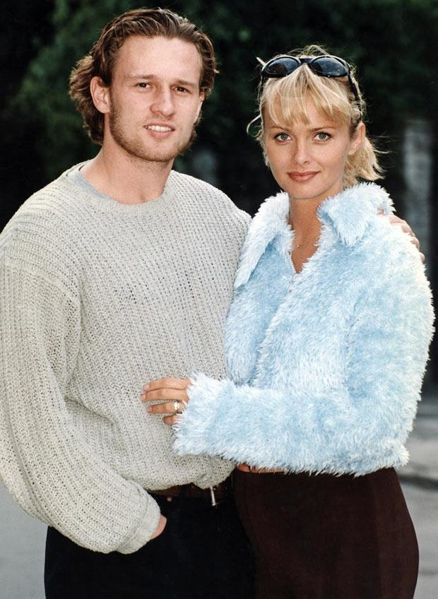 Mariusz Czerkawski i Izabella Scorupco w 1998 roku, fot. Żyburtowicz  /AKPA